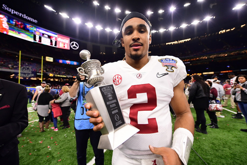 New Orleans, LA - January 1, 2018 - Mercedes-Benz Superdome: Jalen Hurts (2) of the University of Alabama Crimson Tide during the 2017 Sugar Bowl game (Photo by Phil Ellsworth / ESPN Images)